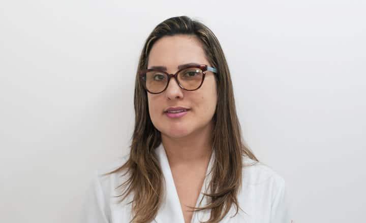 Dra. Alessandra dos Santos Lima