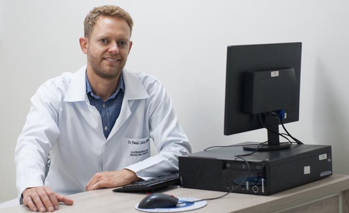 Dr. Daniel Ribeiro